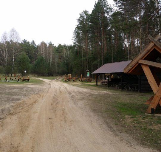 Szlak Powstania Styczniowego obok Arboretum